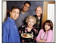 "Everybody Loves Raymond TV Still: The cast of ""Everybody Loves Raymond"""