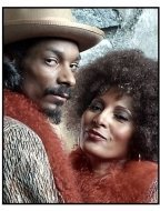 Bones movie still: Snoop Dogg as Jimmy Bones and Pam Grier as Pearl