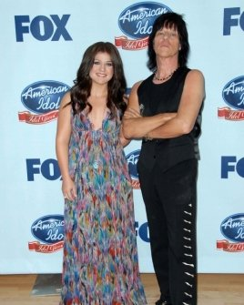 Kelly Clarkson and Jeff Beck