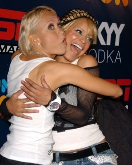 Oksana Baiul and Blu Cantrell