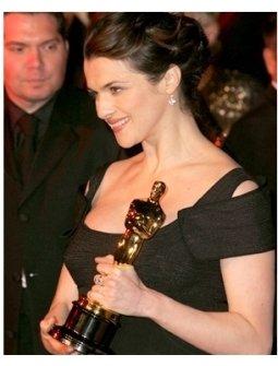 Rachel Weisz at the 2006 Vanity Fair Oscar Party