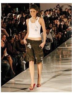 Caroline D'Amore modeling 2 B Free's Spring 2006 Collection