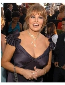 Raquel Welch on the red carpet at the 62nd Golden Globe Awards