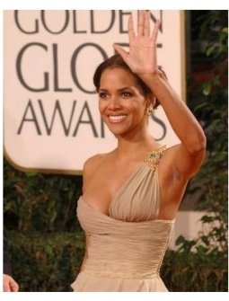Halle Berry on the red carpet at the 62nd Golden Globe Awards