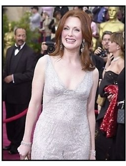 76th Annual Academy Awards – Julianne Moore - Red Carpet