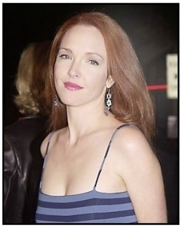 "Amy Yasbeck at the ""Bad Santa"" premiere"