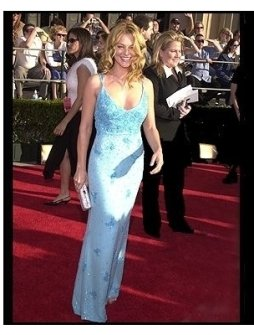 SAG 2002 Fashion: Charlotte Ross