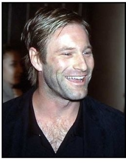 Aaron Eckhart at The Pledge premiere