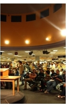 Fans who pailed into the bookstore to hear David Lynch speak