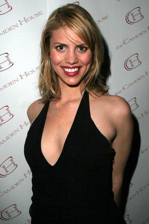 Holly Bonelli
