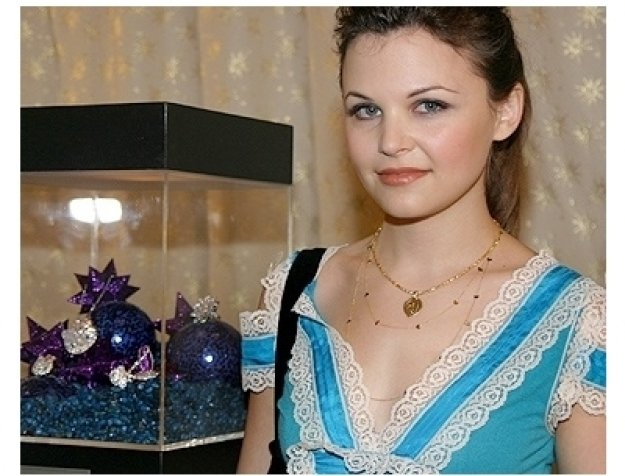 DIC & InStyle Magazine Host 2006 Diamond Fashion Show:  Ginnifer Goodwin