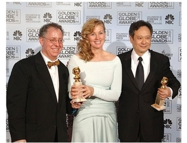 63rd Golden Globes Backstage Photos: James Schamus, Diana Ossana and Ang Lee