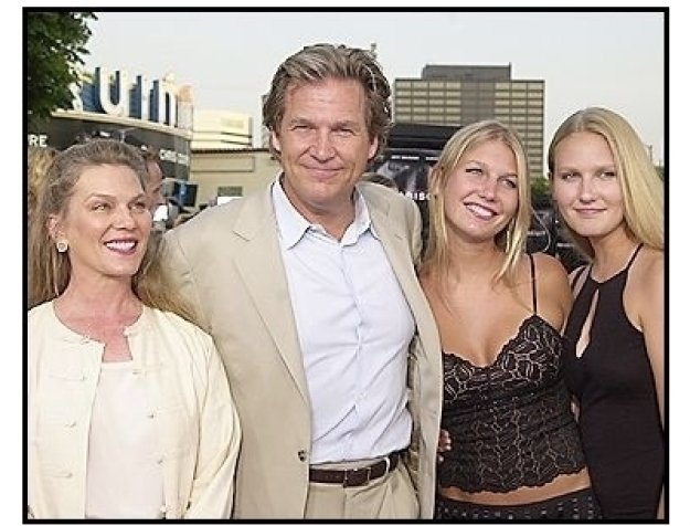 "Jeff Bridges and family at the ""Seabiscuit"" premiere"