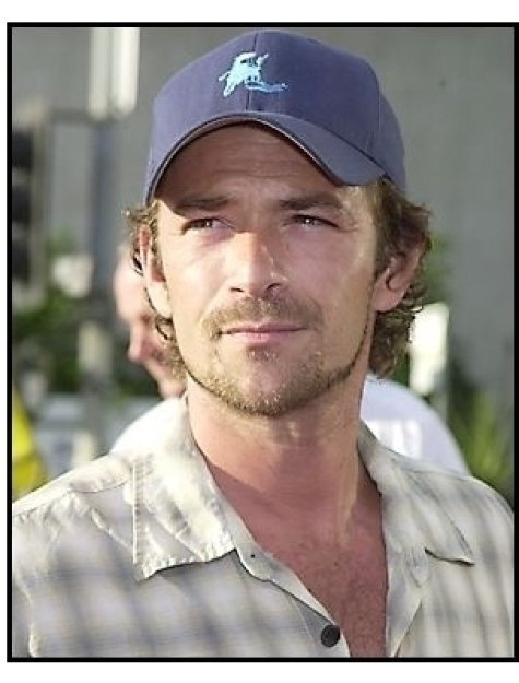 """Luke Perry at the """"Open Range"""" premiere"""
