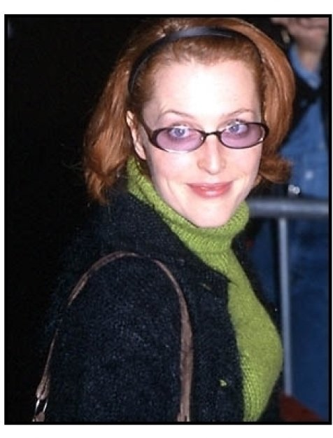 Gillian Anderson at the Proof of Life premiere