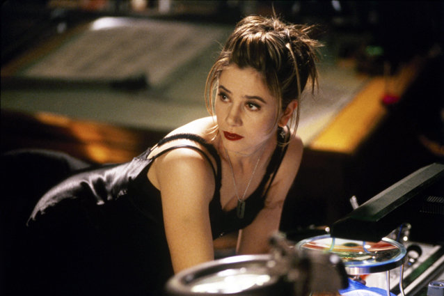 Mira Sorvino, The Replacement Killers